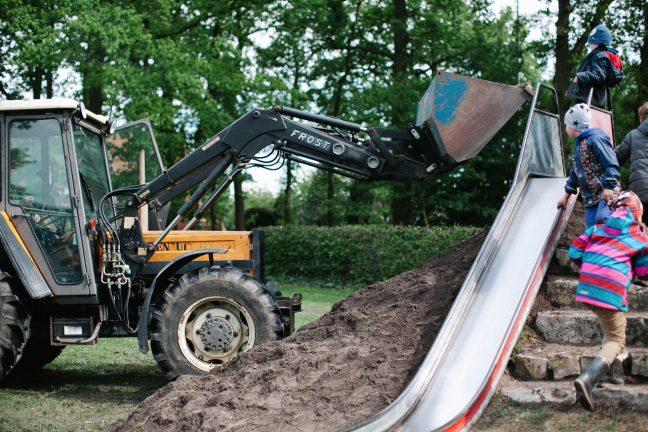 Extrem Bau einer Hangrutsche – Freie Waldorfschule im Aufbau IV88